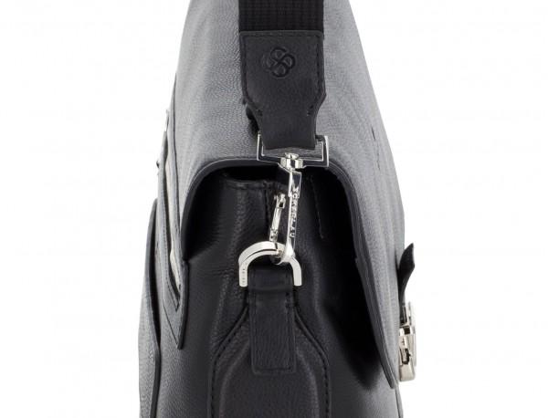 maletín de cuero con solapa color negro bandolera
