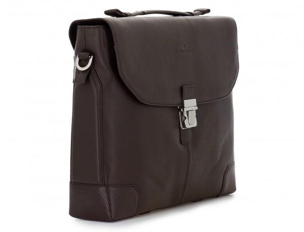 maletín de cuero con solapa color marrón lado