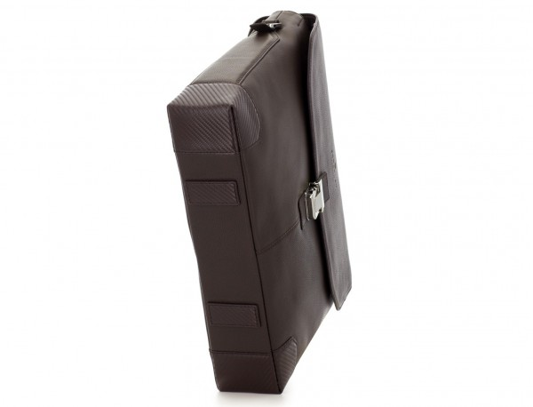 leather flap briefbag in brown  base