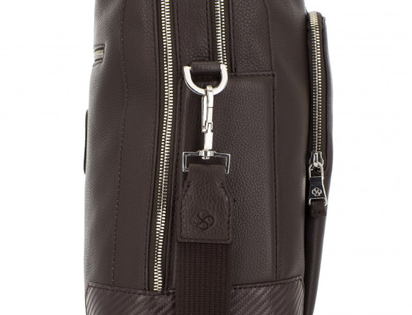 travel briefbag in leather brown detail