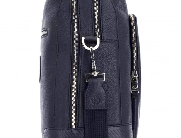 travel briefbag in leather blue detail