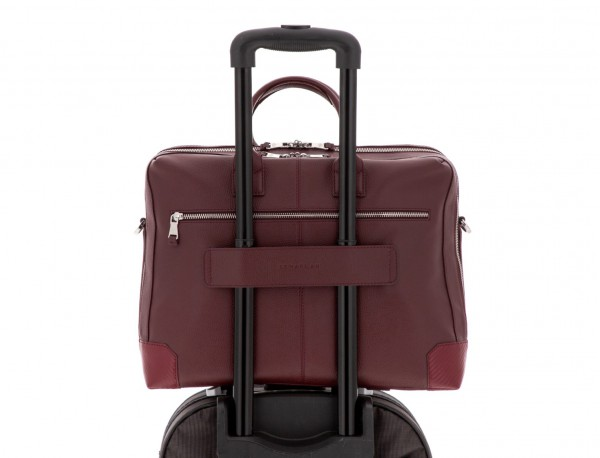 travel briefbag in leather blue burgundy trolley