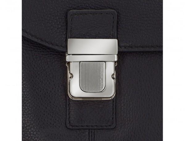 maletín de cuero con solapa negro cierre