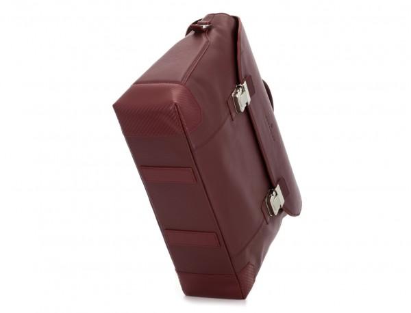 maletín de cuero con solapa burdeos base