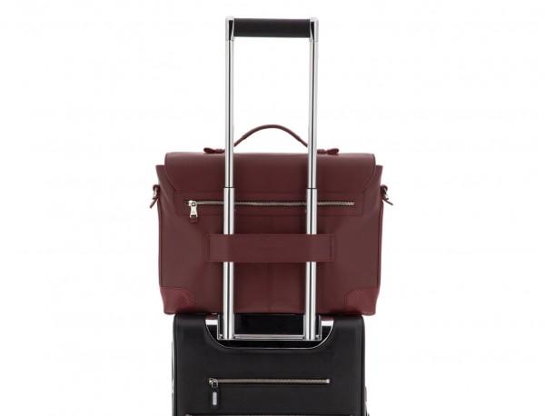 maletín de cuero con solapa burdeos trolley