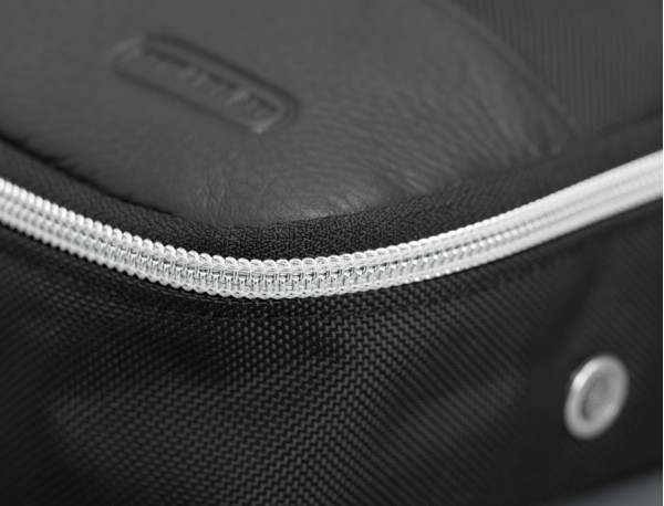 Grande borsa multiuso organizer con tasca interna con cerniera in nylon balistico zipper detail