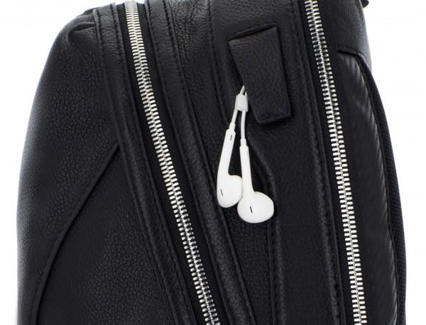 mochila de cuero negra cremallera