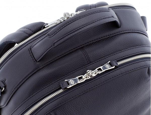 mochila de cuero azul asa