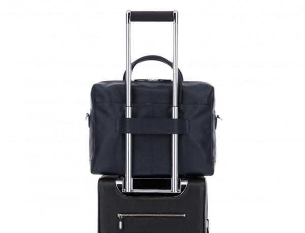 maletín grande de piel azul trolley