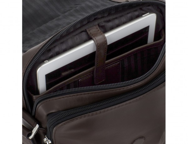 Leather crossbody bag with flap in brown tablet