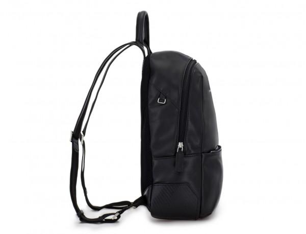 mochila pequeña de piel negra perfil