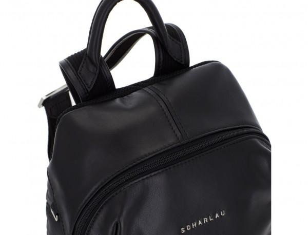 mochila pequeña de piel negra cremallera