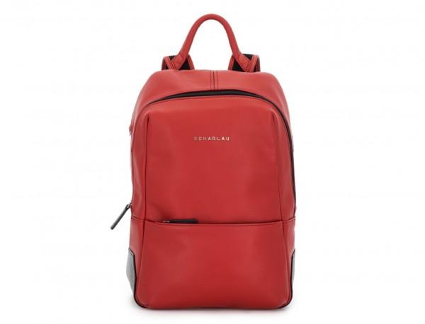 mochila pequeña de piel roja perfil