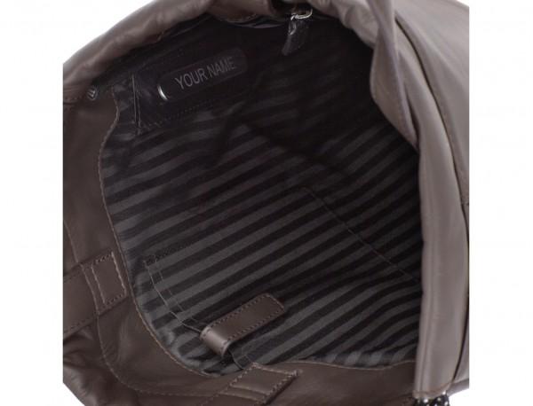 mochila plana de piel marrón personalizada