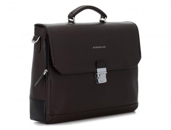 maletín con solapa de cuero marrón  lado