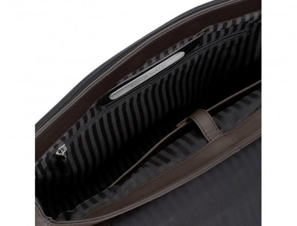 maletín con solapa de cuero marrón personalizado