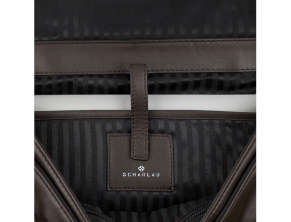 maletín con solapa de cuero marrón ordenador