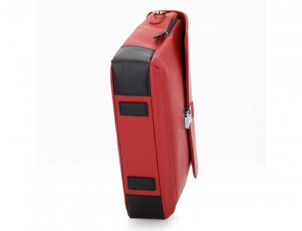 maletín con solapa de cuero marrón rojo  base