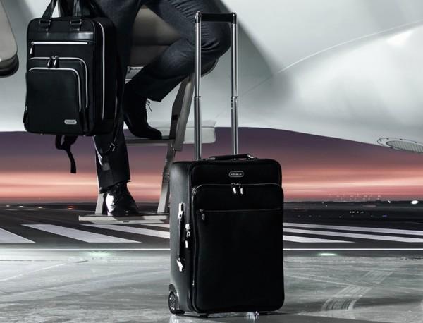 maleta de viaje de cuero tamaño cabina lifestyle
