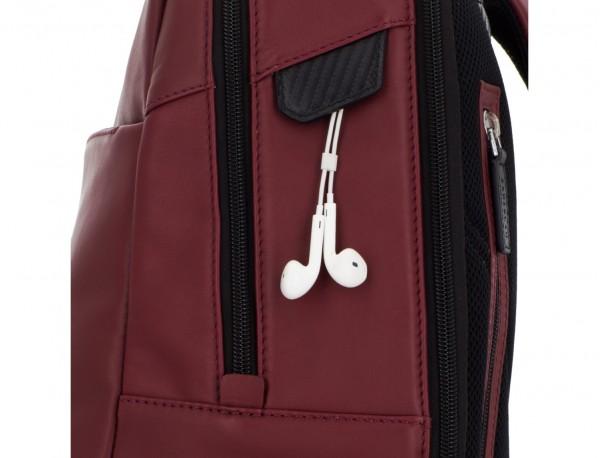 mochila de cuero para portátil burdeos detalle