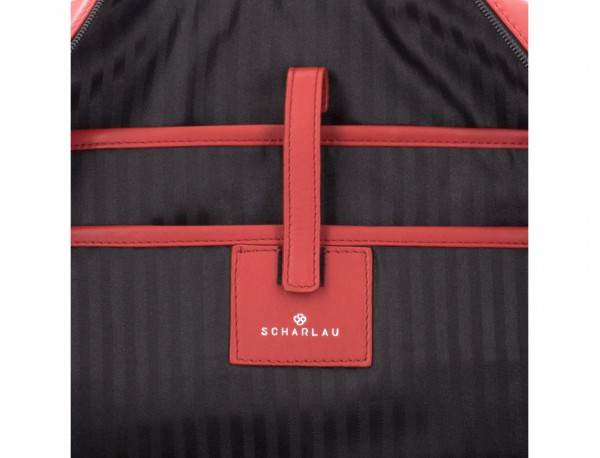 maletín grande de piel rojo ordenador
