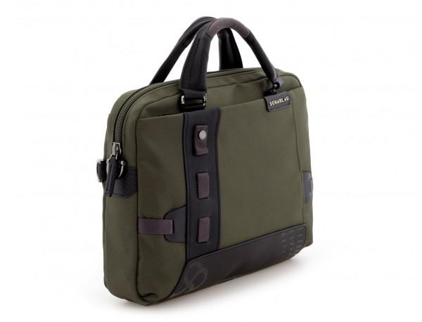 maletín verde lado