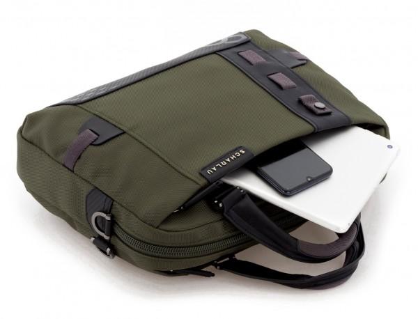 maletín verde portátil