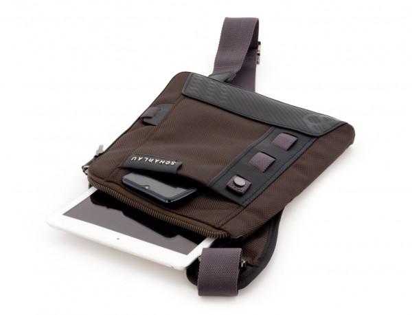 bolso bandolera de hombre marrón tablet