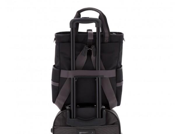 Bolso convertible en mochila negro trolley