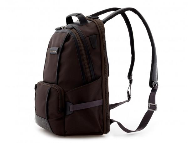 mochila de nylon negra lado
