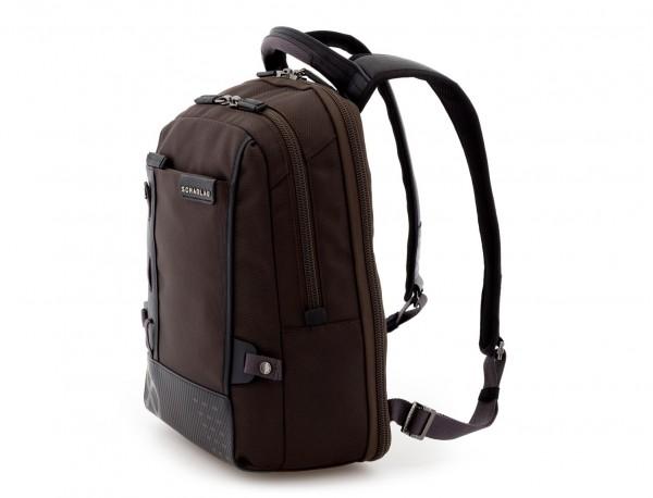 mochila para ordenador marrón lado