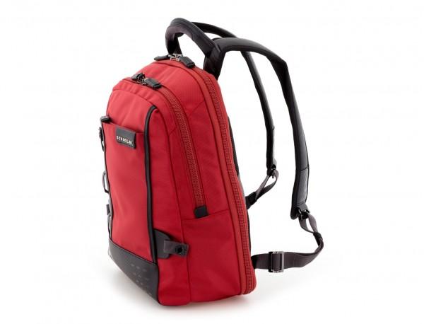 mochila para ordenador roja lado