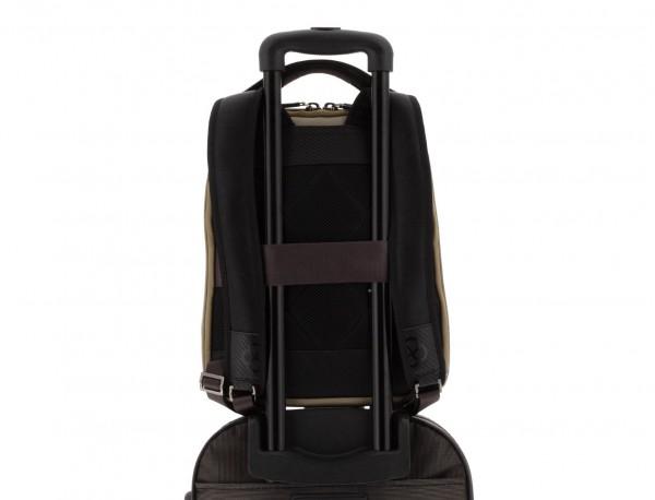 mochila para ordenador beige trolley