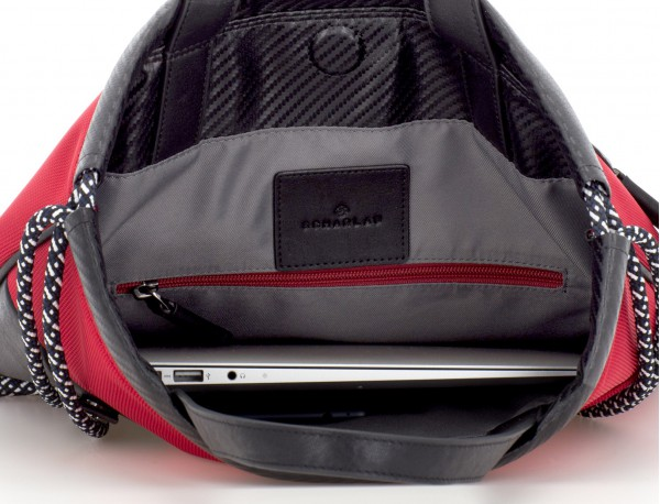 mochila roja laptop