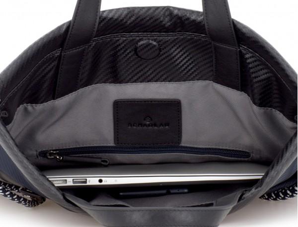 mochila azul laptop
