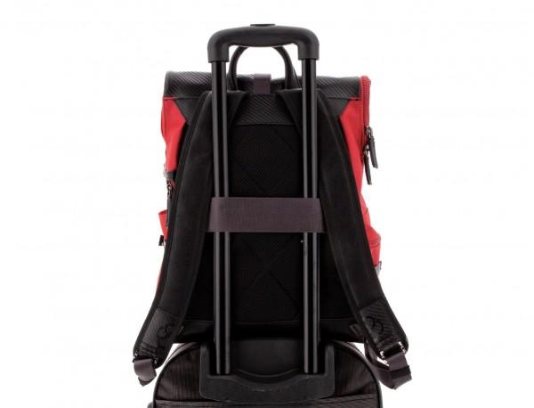 mochila con solapa roja trolley