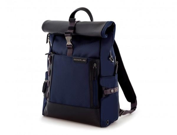 mochila con solapa azul  lado