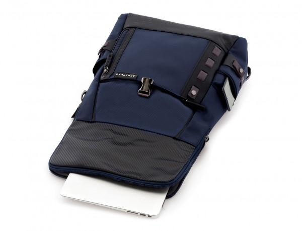mochila con solapa azul ordenador