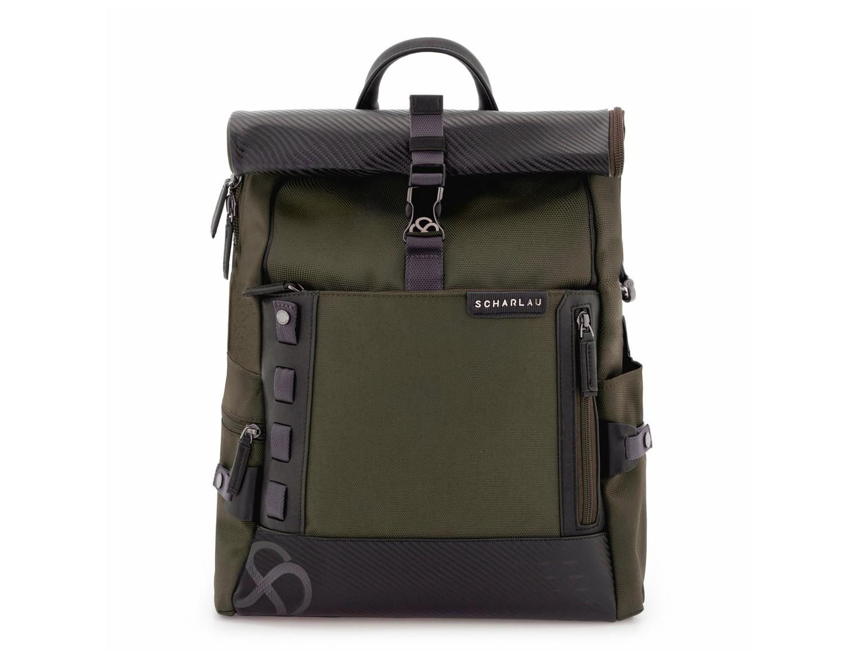 mochila con solapa verde frontal