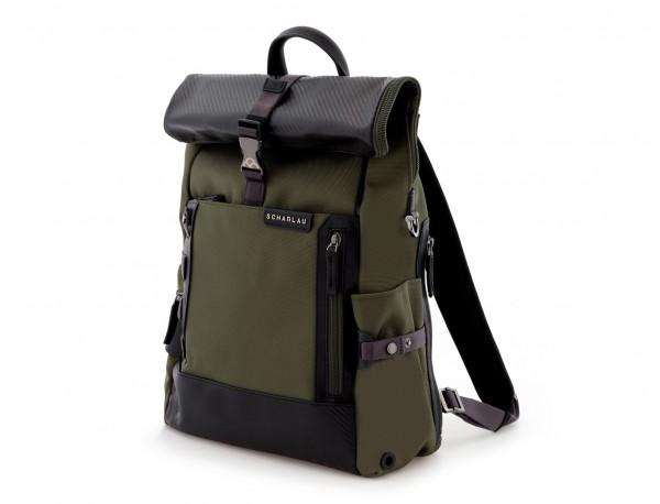 mochila con solapa verde  lado