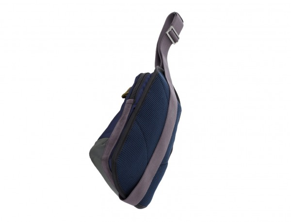 Mono slim bag in blue side