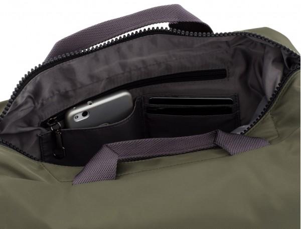 Messenger bag in green pockets