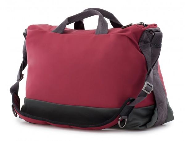 Messenger bag in red back