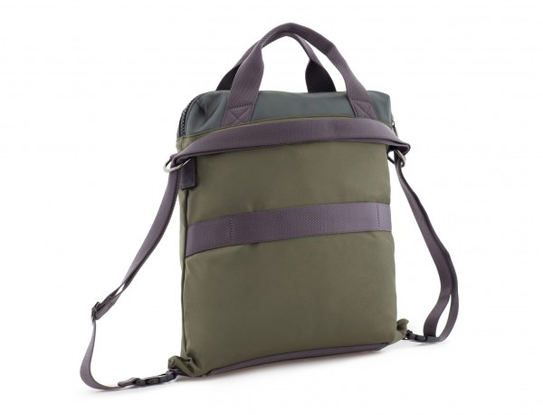 Bag convertible into backpack in green back