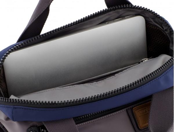 Bolso tote versátil convertible en mochila en gris ordenador
