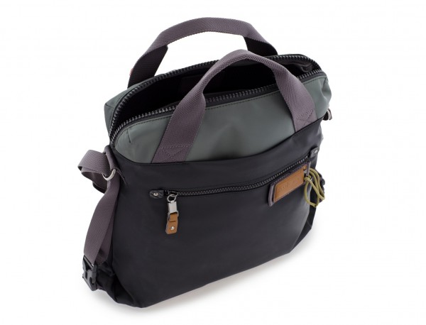 Bag convertible into backpack in black and gray open