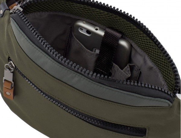 Polyester waist bag in green inside