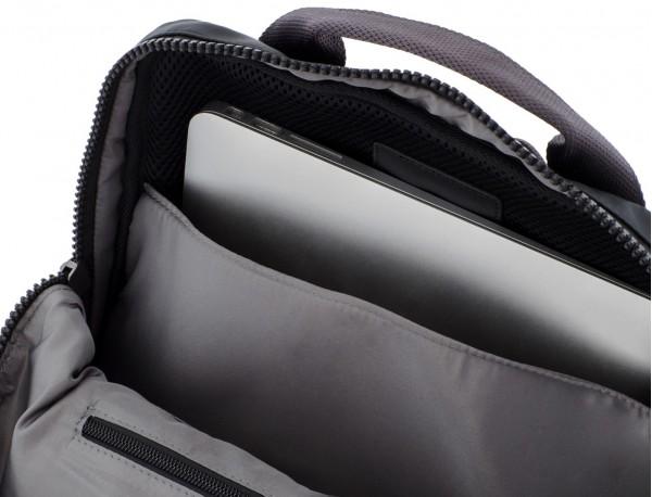 backpack in black laptop