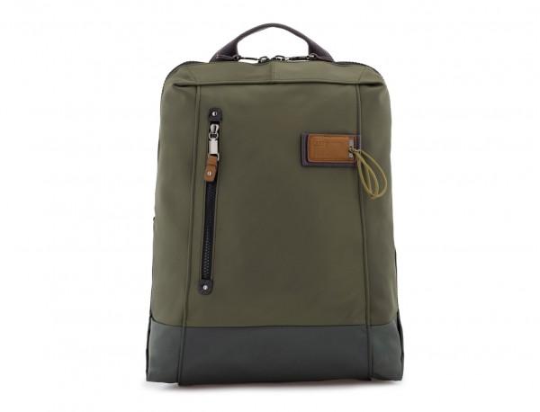 mochila verde frontal
