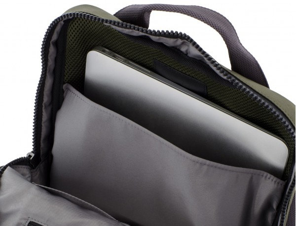 mochila verde ordenador